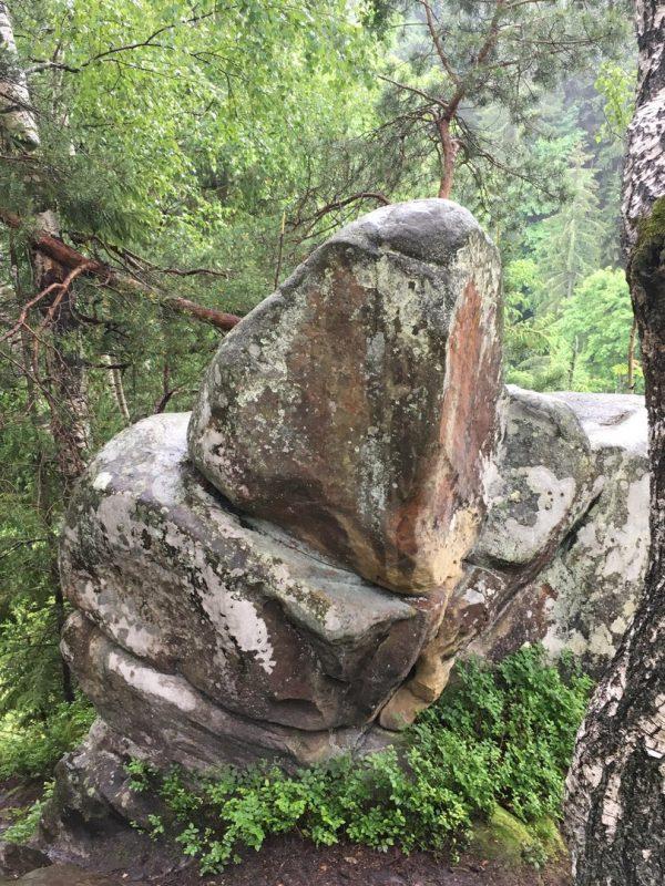 Фаллический камень