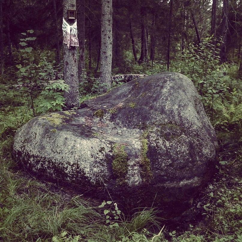 Тихонов Камень