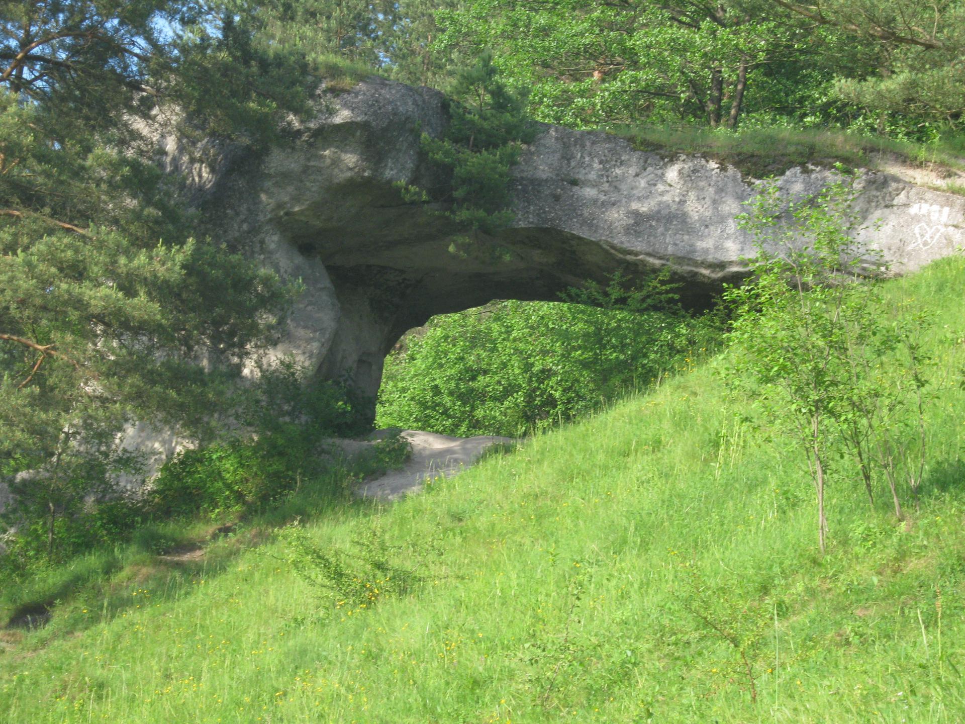 Камень Дырявец стольско