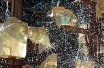 Заряд воды кристаллами